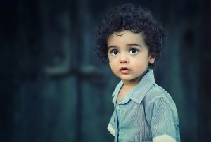 child-817373_1280